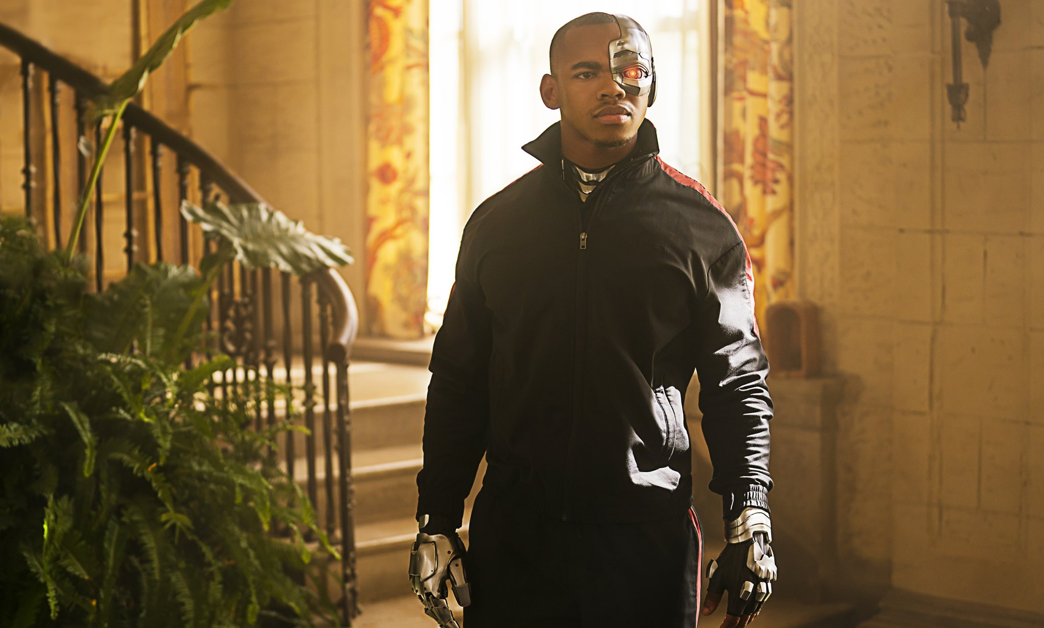 Joivan Wade On What S New For Cyborg In Doom Patrol Season 2